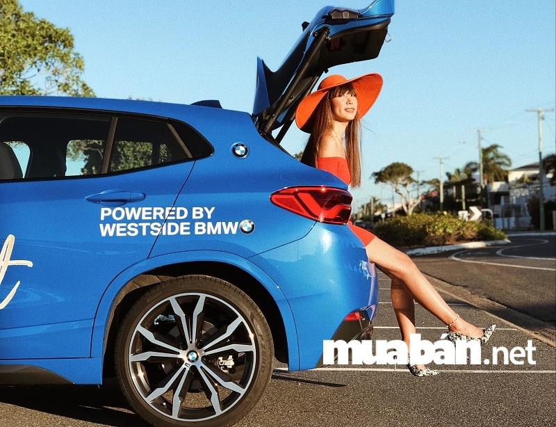 5 mẫu xe ô tô hạng sang dành cho nữ doanh nhân thành đạt