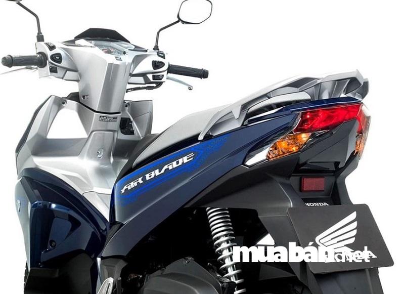 Honda cung cấp những phụ tùng độ chính hãng trên Airblade 2018.