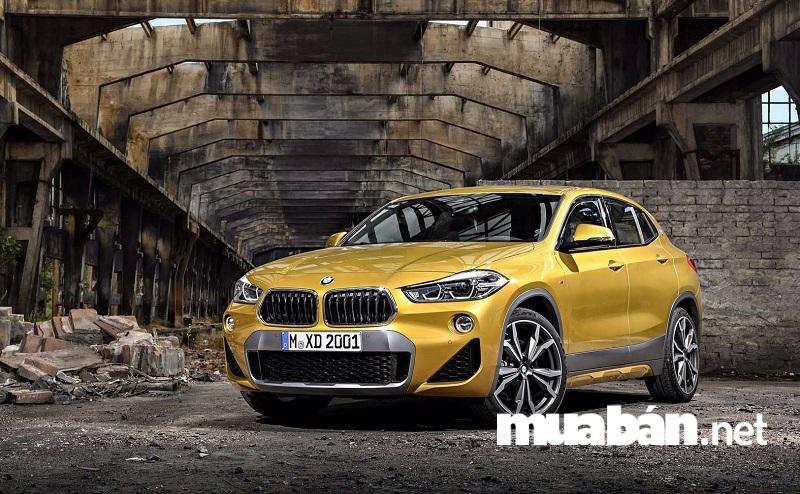 BMW X2 2018 được trang bị ba tùy chọn động cơ gồm động cơ xăng tăng áp sDrive20i và động cơ diesel xDrive20d và xDrive25d.