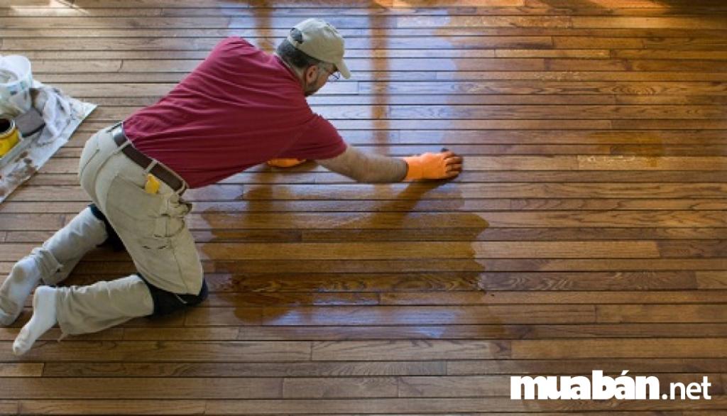 Cách sử dụng dầu để đánh bóng gỗ đúng chuẩn
