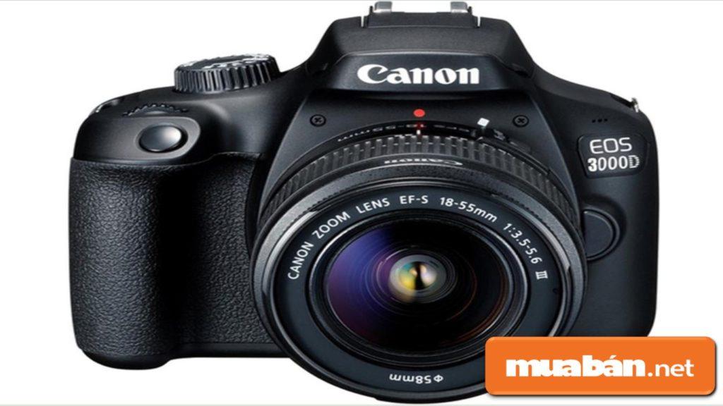 Máy ảnh Canon Eos 3000D còn được hỗ trợ ống ngắm quang học, giúp bạn có những trải nghiệm DSLR chân thực.