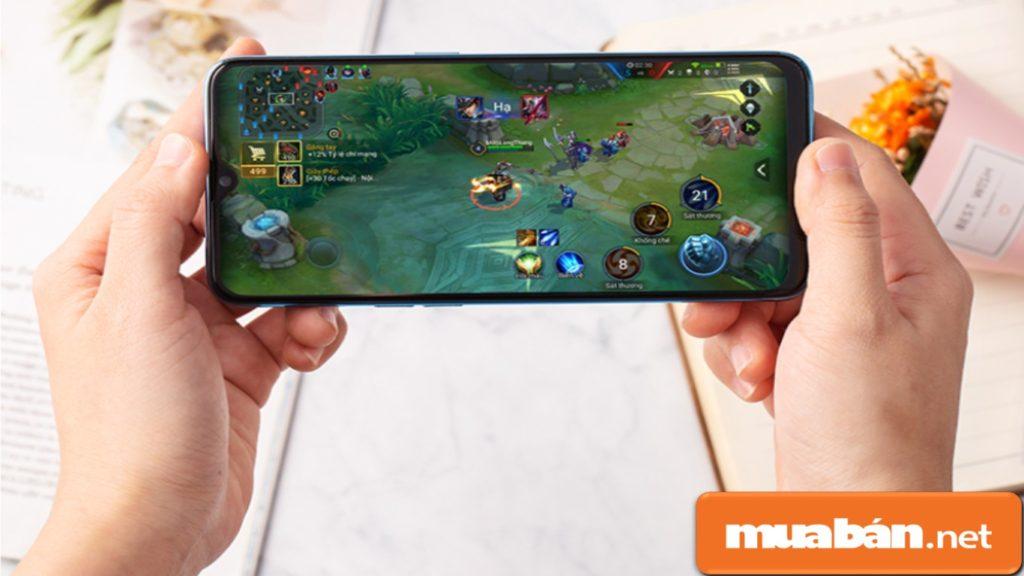Realme 2 Pro được trang bị bộ vi xử lý Snapdragon 660 8 nhân, tích hợp Al giúp người dùng tăng tốc trải nghiệm