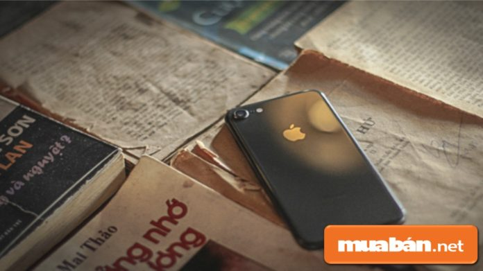Apple ra mắt Iphone 8 nhưng lại thất thế khi về Việt Nam.