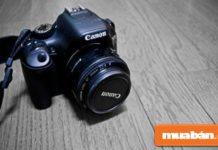 Mua máy ảnh cũ đang được nhiều người đam mê nhiếp ảnh lựa chọn để tiết kiệm chi phí.