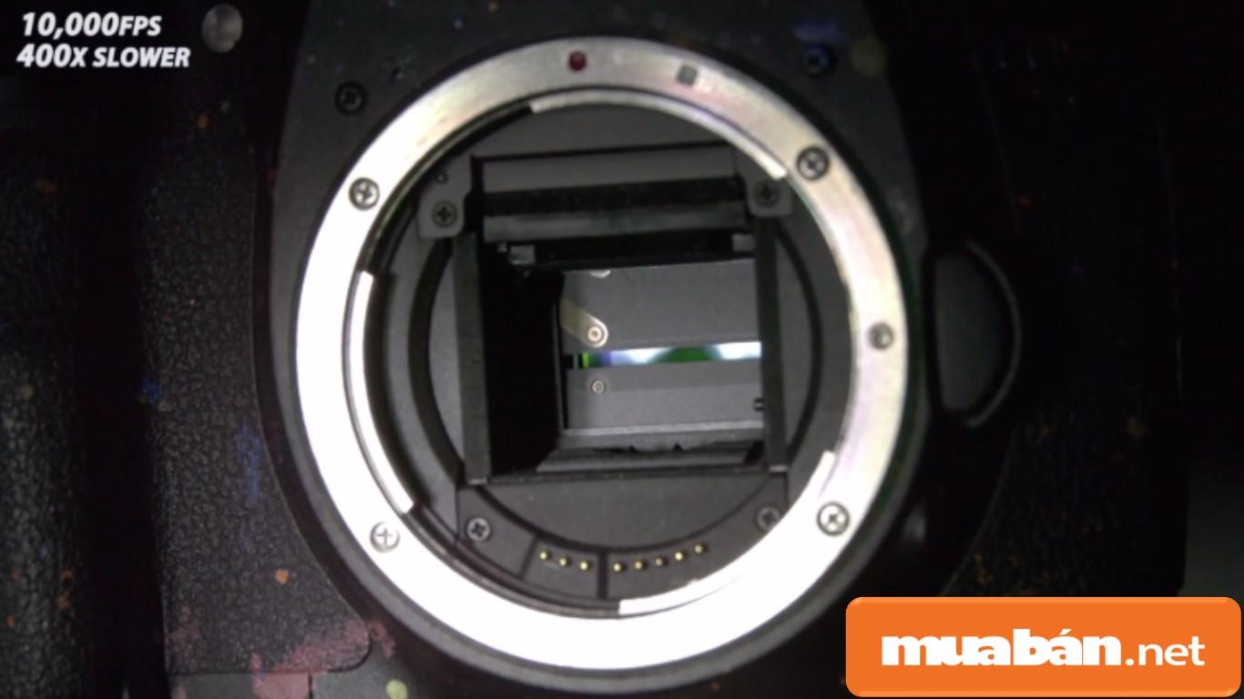 Kiểm tra số shoot hình đã chụp để ước tính thời gian sử dụng của máy