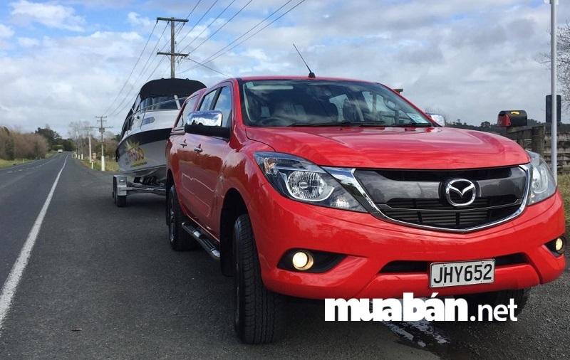 Thêm một dòng xe ô tô bán tải cũ đáng mua trong tầm giá 400 triệu đồng đó chính là Mazda BT-50.