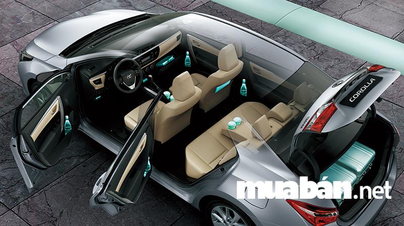 Nội thất xe Toyota Altis 2018 sang trọng và tiện nghi hơn.
