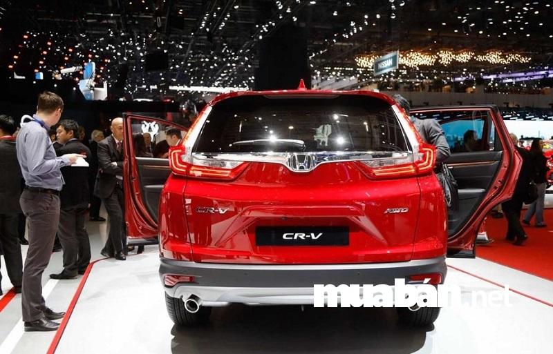 Honda CR-V 2018 sở hữu động cơ tăng áp 1.5L DOHC VTEC Turbo 1.5L với hệ thống phun nhiên liệu trực tiếp PGM-FI tiết kiệm nhiên liệu.