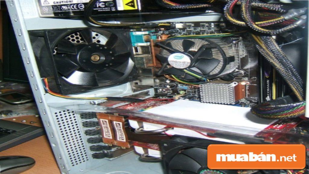 Nếu cần, bạn nên thay thế các quạt tản nhiệt cũ để tản nhiệt hiệu quả hơn, hoặc lắp thêm các quạt mini bổ trợ.