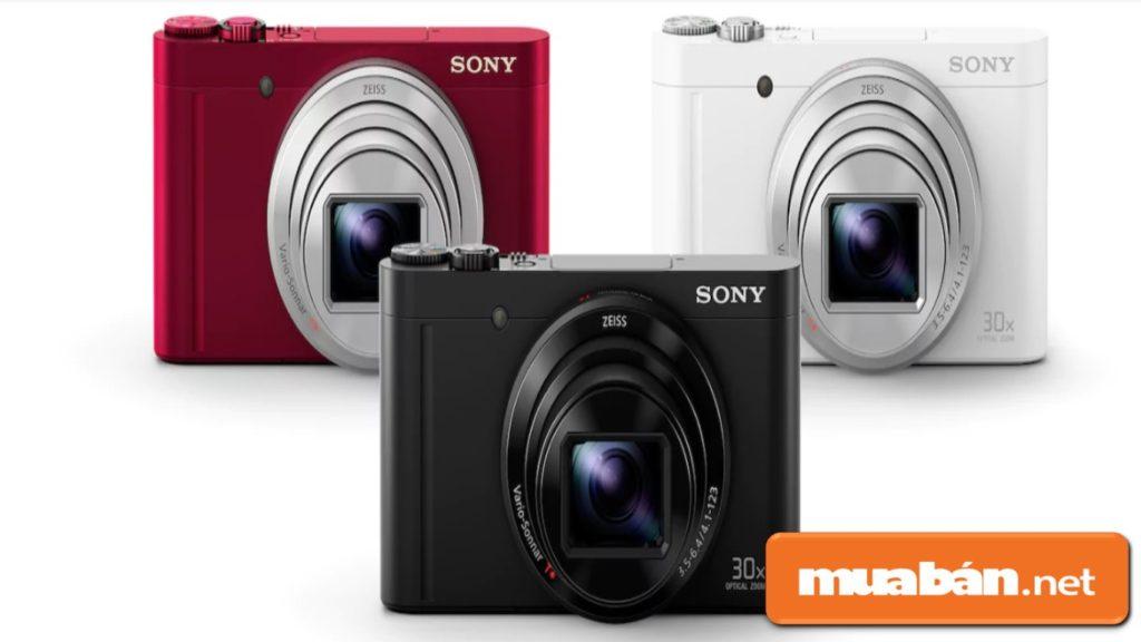 Sony WX500 hiện nay đang sở hữu 3 màu: hồng, trắng, đen cho người dùng lựa chọn.