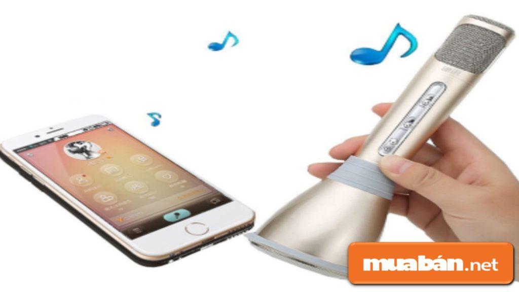 Micro karaoke bluetooth khá nhỏ, gọn, dễ mang theo.