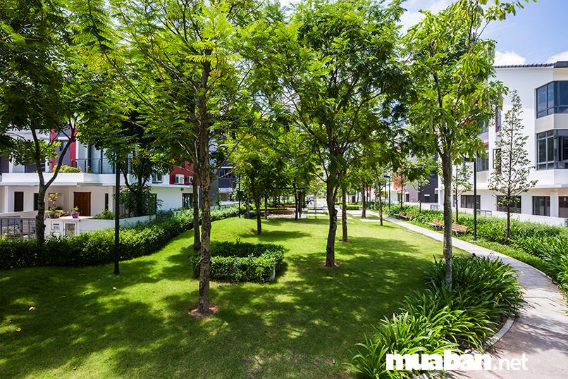 """Sau những tất bật của cuộc sống mưu sinh ngoài kia, chắc hẳnai cũng thả mình vào không gian sống tiện nghi và thoải mái. Với một thông điệp """"Nhà là nơi để về"""", Gamuda Gardens đãtrở thành một trong top 10 đô thị đáng sống nhất Việt Nam."""