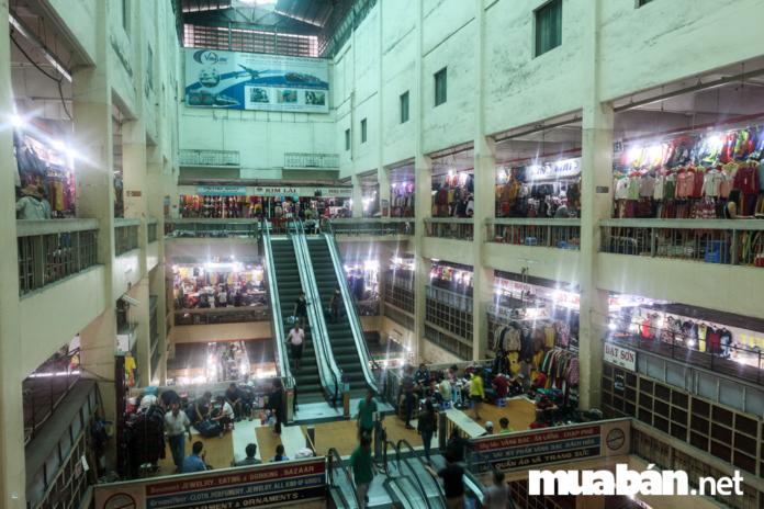 3 địa điểm mua sắm đồ Tết đông khách nhất tại TP.HCM 2019