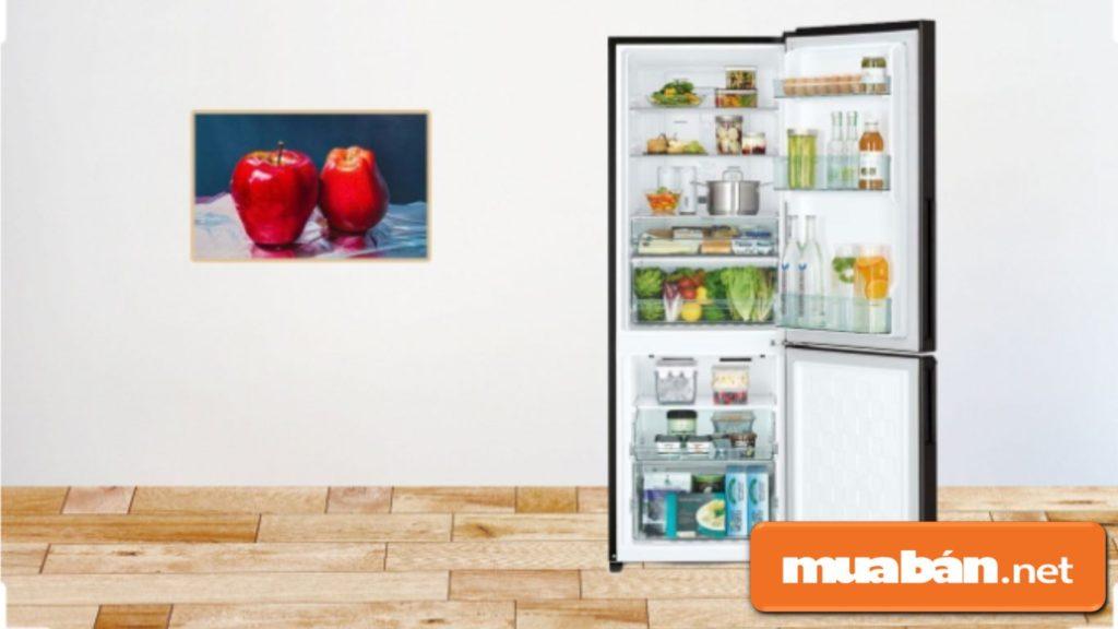 Tủ lạnh Hitachi R-B330PGV8 được thiết kế 2 cửa, dung tích 275 lít.