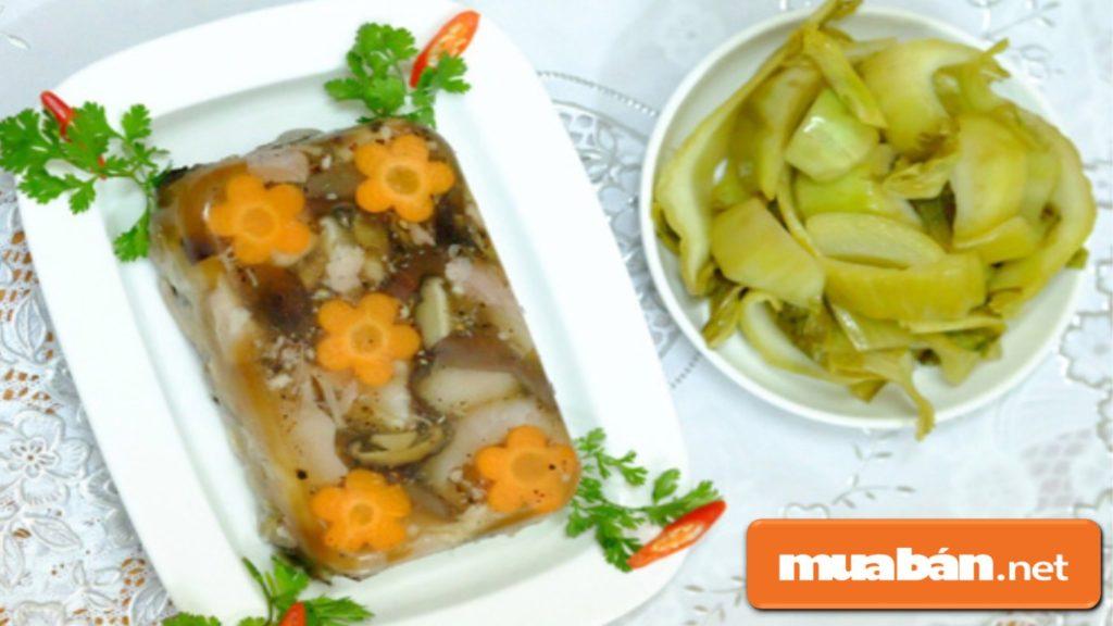 Ăn Kèm Món Thịt Đông Với Dưa Chua Để Tránh Vị Ngán Trong Bữa Ăn.