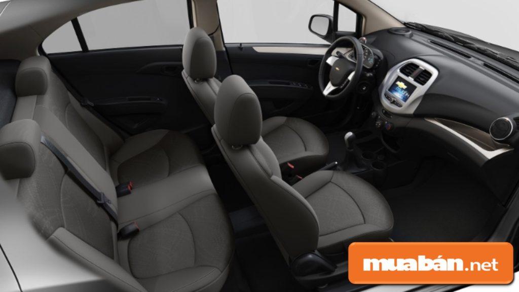 Nội thất trong xe Cheverlet Spark 2019 được thiết kế hướng tới tính tiện dụng, nổi bật.