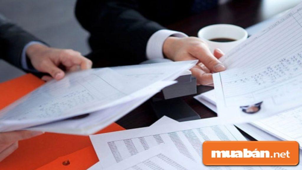 Hồ sơ xin việc phải trình bày đầy đủ trình độ chuyên môn, kinh nghiệm, các kỹ năng mềm...