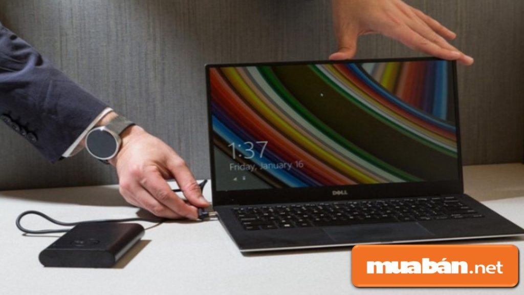 Pin của laptop Dell có thời gian sử dụng khá lâu, bền - hạn chế tối đa tình trạng chai pin.