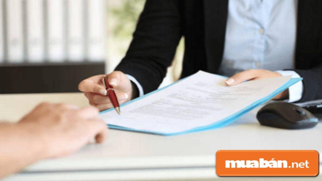 Khách hàng có thể chủ động thương lượng, chỉnh sửa các điều khoản trong hợp đồng vay mua ô tô trả góp.