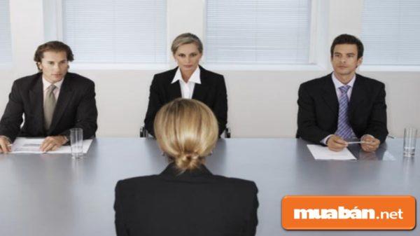 Bạn có thể chủ động liên hệ với các Công ty tuyển dụng đã nạp hồ sơ để xin ứng tuyển vào vị trí khác, nếu được.