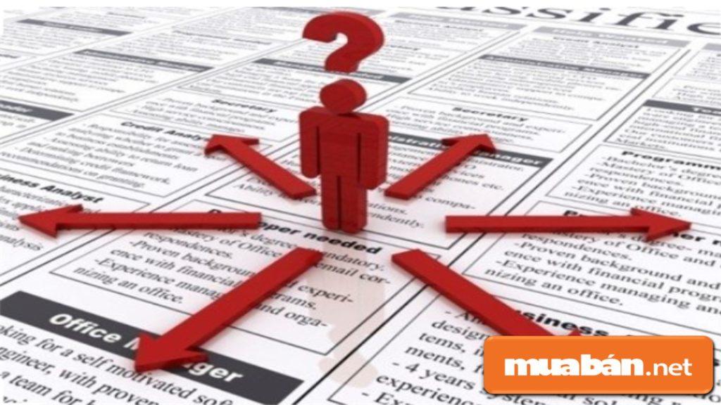 Ứng viên tạo tài khoản và đăng tin trên các website tuyển dụng để thu hút các nhà tuyển dụng hơn.