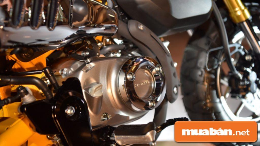 Honda Mokey được trang bị động cơ khá mạnh mẽ, xy-lanh đơn 125CC, SOHC.