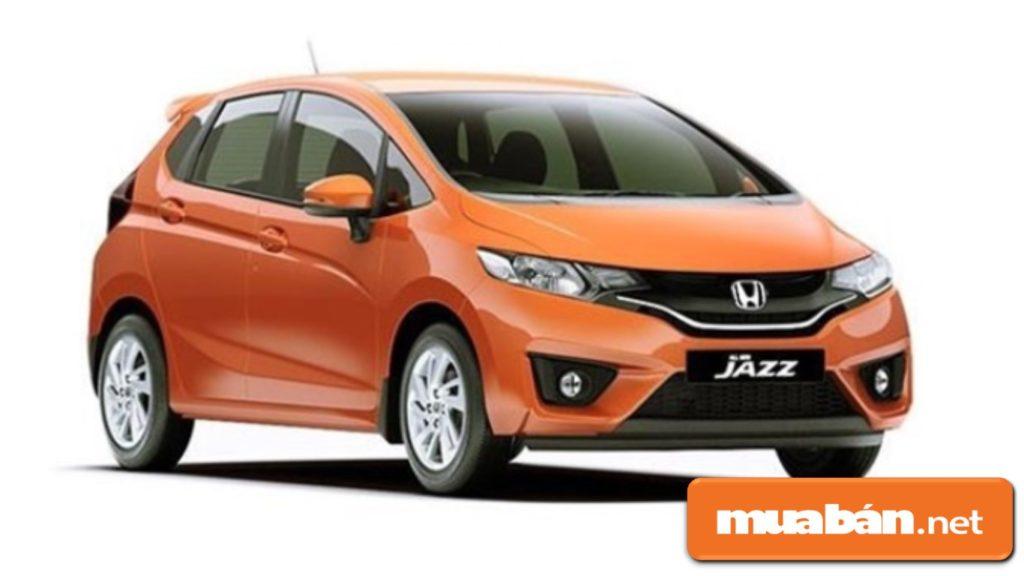 Honda Iazz được thiết kế kiểu dáng nhỏ, gọn giúp dễ di chuyển trong nội thành.