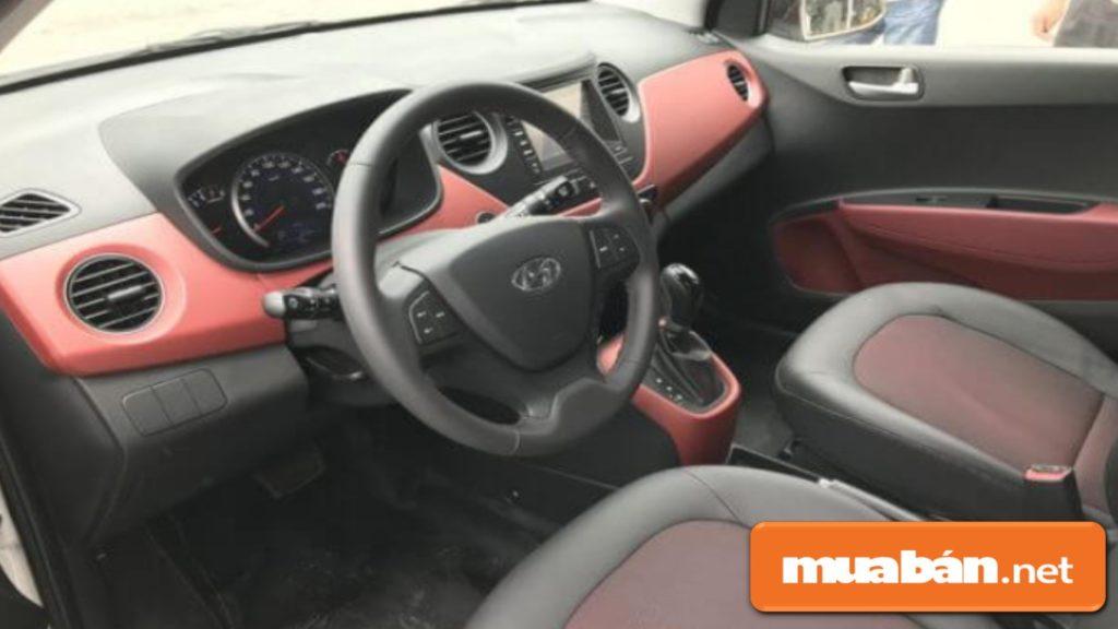 Nội thất của ô tô Huyndai Grand i10 được đánh giá khá thoải mái, màu sắc nổi bật, sang trọng.