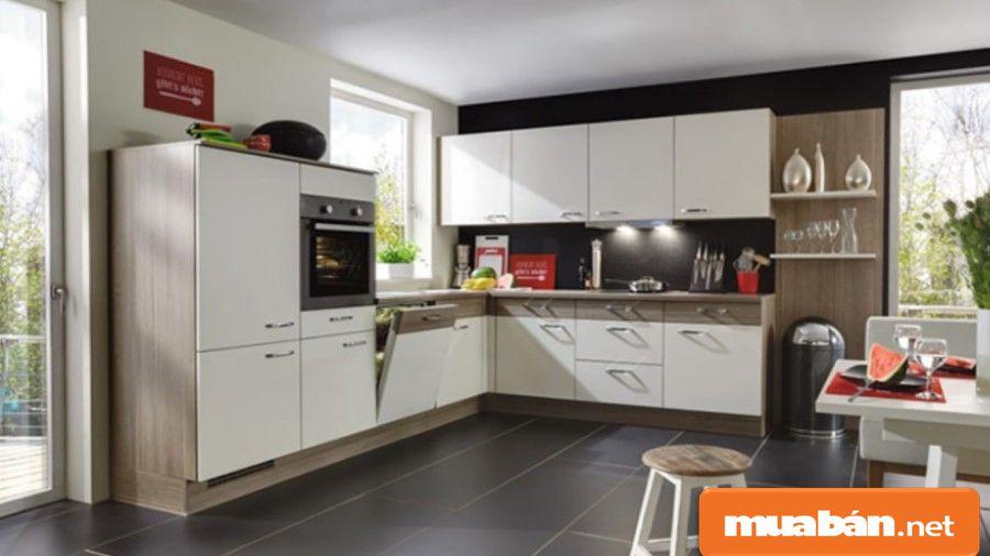 Nên mua lò nướng có mẫu mã và thiết kế phù hợp với nội thất, không gian nhà bếp.