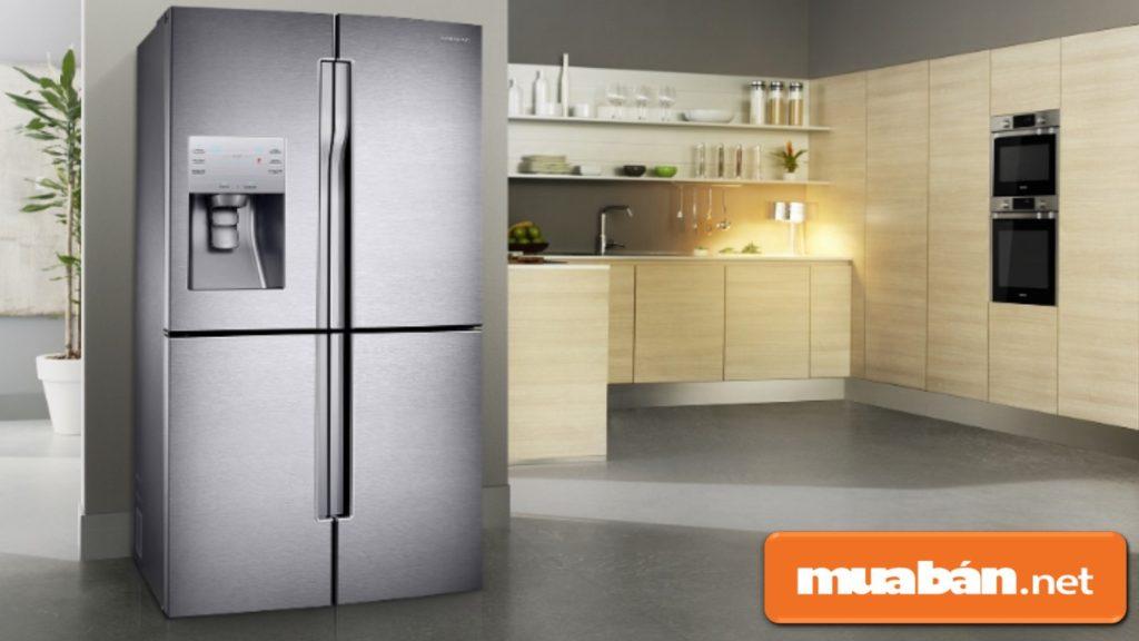 Tủ lạnh Samsung nổi tiếng về thiết kế với các mẫu mã khá sang trọng, màu sắc hài hòa.