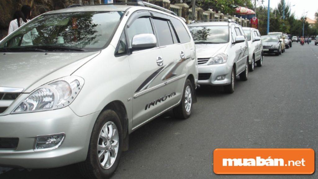 Lựa chọn mẫu xe cần thuê dựa trên mục đích và nhu cầu sử dụng của bạn.