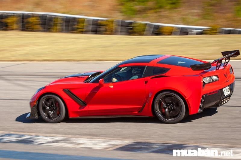 Chevrolet Corvette - mẫu xe thể thao cơ bắp biểu tượng của nước Mỹ