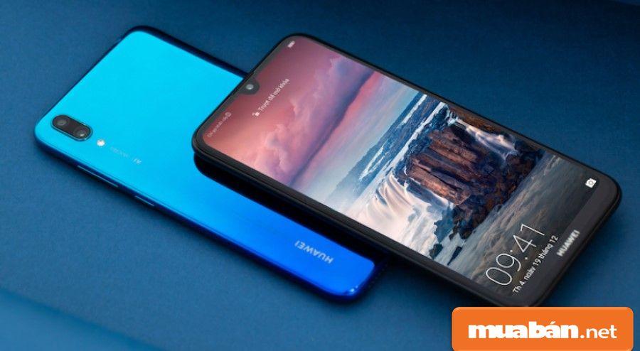 Huawei Y7 Pro (2019) có thiết kế nổi bật với màn hình giọt nước kích thước 6.26 inch.