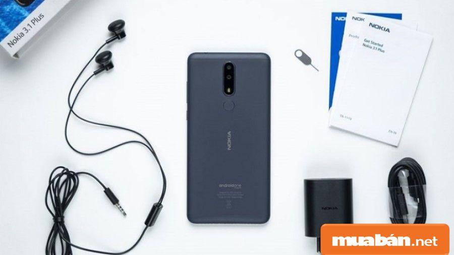Nokia 3.1 Plus được thiết kế nguyên khối bằng kim loại, thân máy nhôm được phủ gốm Ceramic.