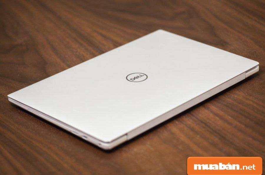 Dell XPS 13 được thiết kế nguyên khối bằng nhôm nên có độ kết nối hoàn hảo và độ bền vượt trội nhất.