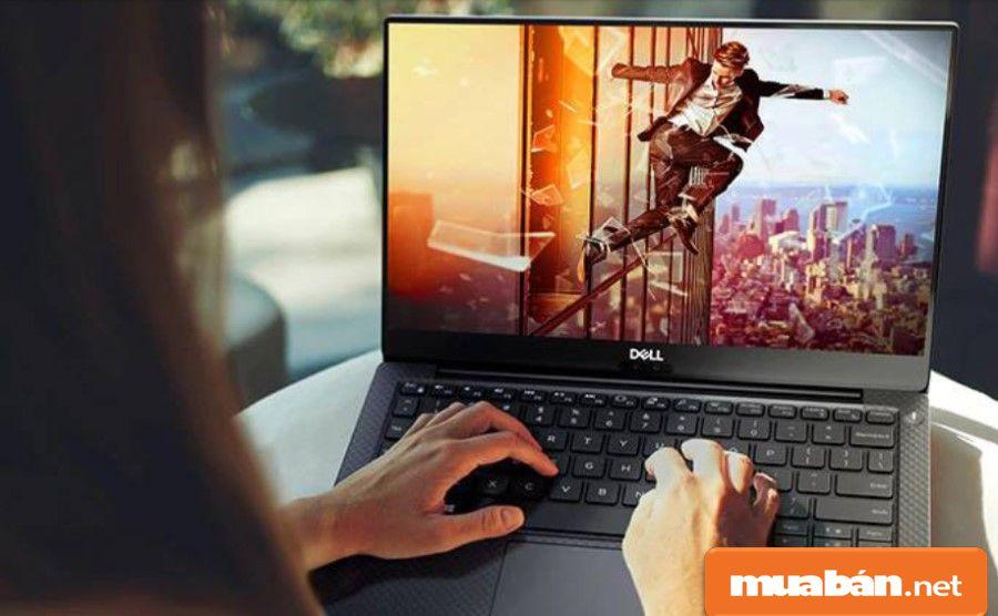 Dell XPS 13 có viền màn hình khá mỏng chỉ với 4mm chiếm 80% tổng thể thân máy.