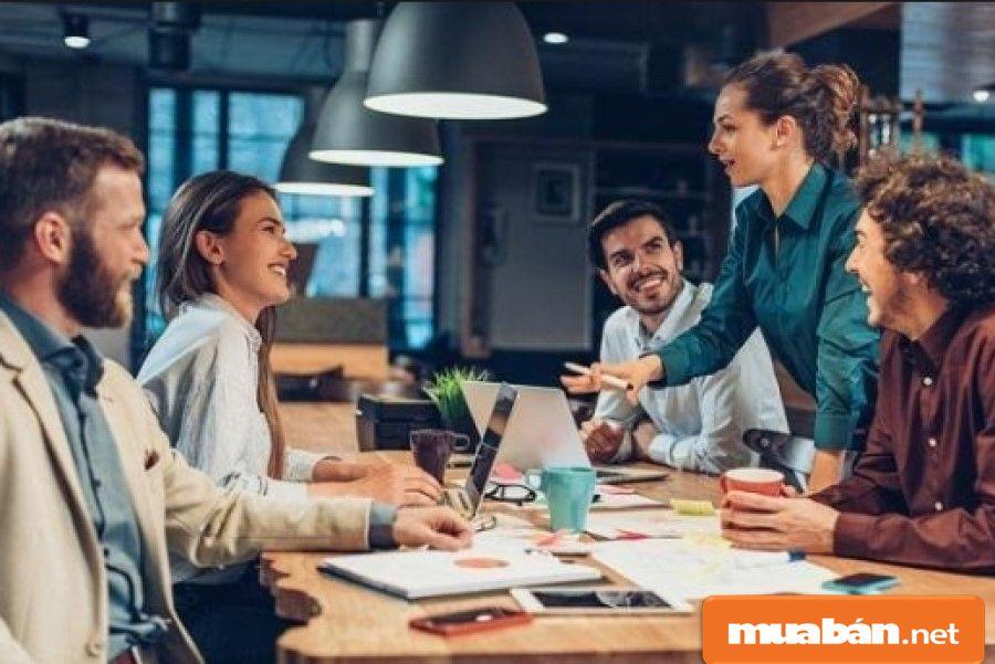 Sinh viên đi làm thêm nếu nhiệt tình, chăm chỉ, hoàn thành tốt công việc sẽ có cơ hội trở thành nhân viên chính thức sau này.