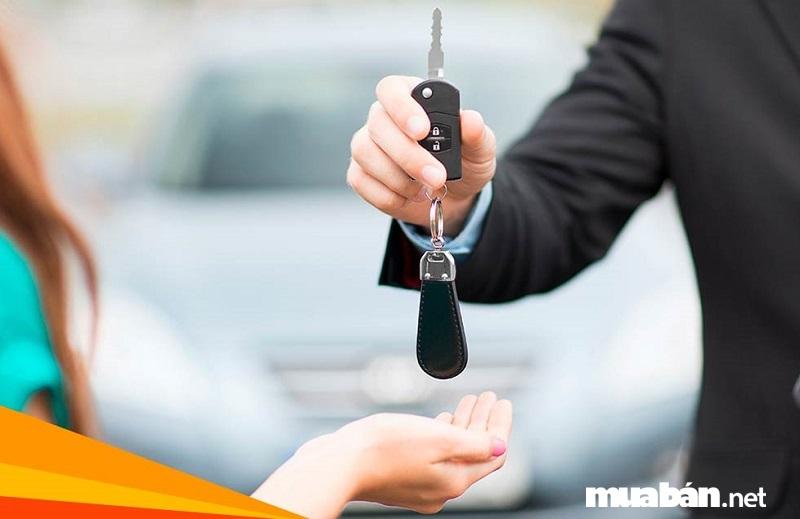 Làm hợp đồng thuê xe rõ ràng