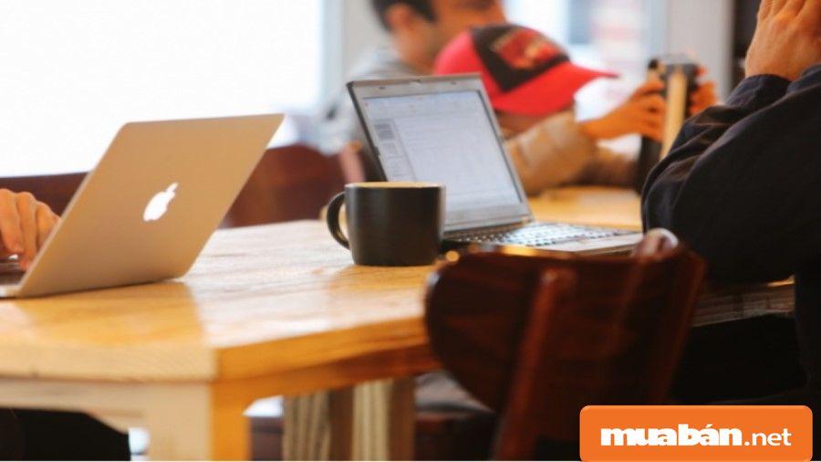 Các kỹ năng mềm cũng là một yếu tố quan trọng khi bạn tìm việc làm designer.