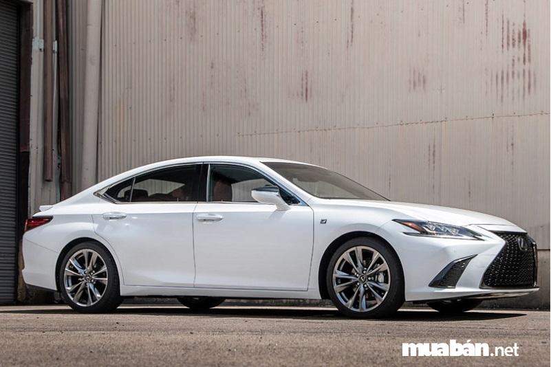 xe Lexus ES 350