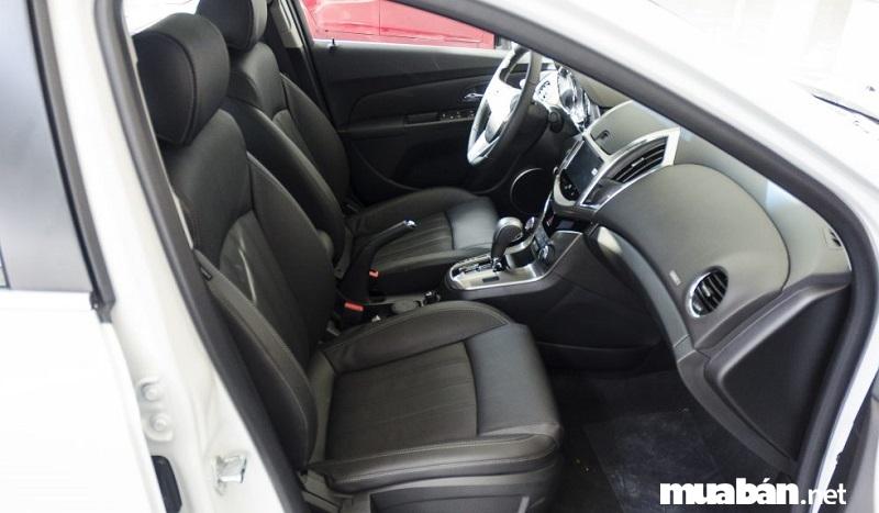 Trang bị an toàn trên Chevrolet Cruze 2017