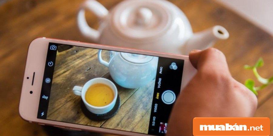 Bạn hãy mạnh dạn thử tất cả các chức năng trên điện thoại như chụp hình ở các góc độ với ánh sáng khác nhau.