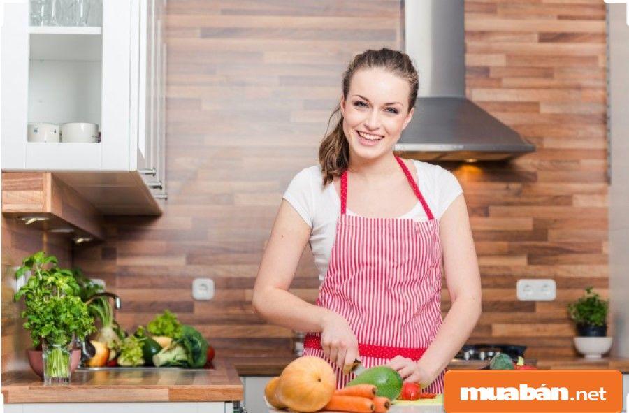 Sử dụng dịch vụ thuê người giúp việc nhà là hình thức khá phổ biến trong thời buổi hiện nay.