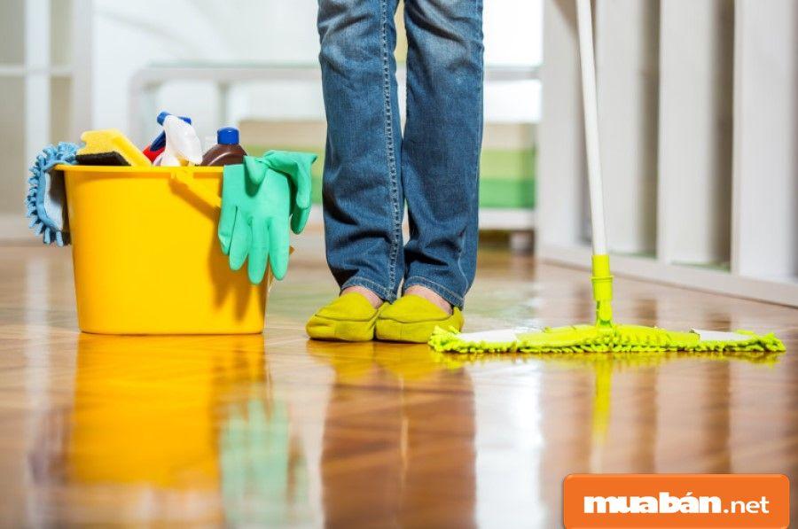 Bạn thuê dịch vụ giúp việc nhà theo giờ sẽ tiết kiệm được nhiều chi phí hơn so với thuê người giúp việc cố định, lại dễ lựa chọn dịch vụ hơn.
