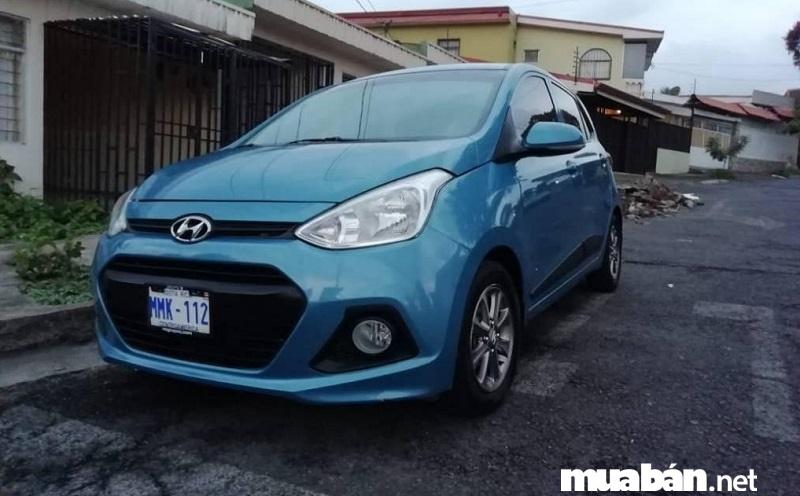 Hyundai Grand i10 2010 là lựa chọn tuyệt vời cho những khách hàng muốn mua xe ô tô cũ giá 300 triệu đồng.