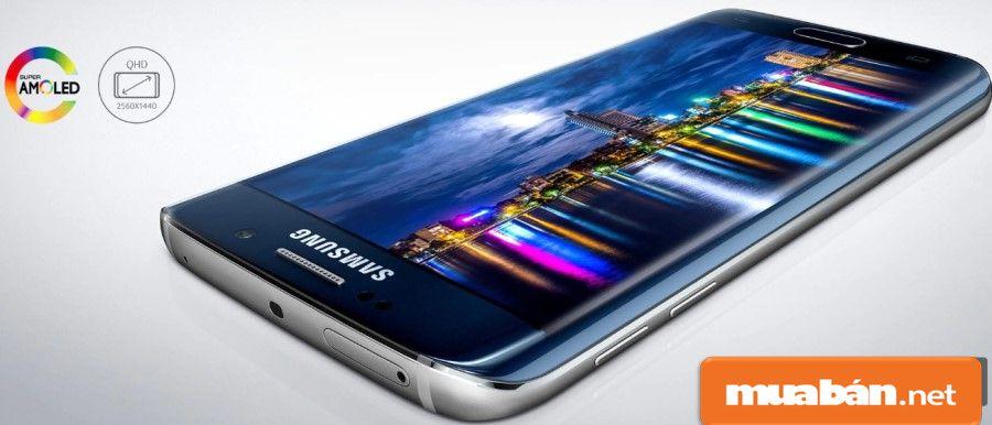 Màn hình 5.1 inch Quad HD với công nghệ Super Amoled giúp hình ảnh hiển thị rực rỡ hơn.