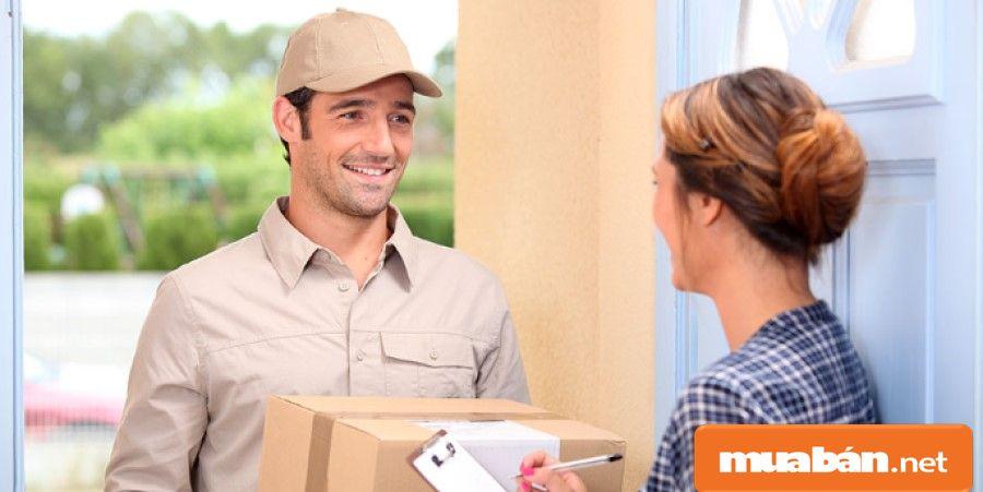 Các shipper làm việc chuyên nghiệp sẽ phải theo quy trình của công ty, giao hàng phải có giấy tờ chứng thực từ khách hàng rõ ràng.