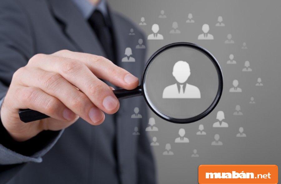 Hãy cẩn thận hơn trong việc đánh giá năng lực ứng viên thay vì chỉ chú trọng vào hồ sơ xin việc.