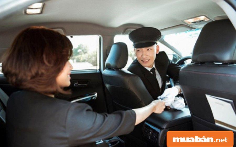 Các công ty thường tuyển tài xế phục vụ cho loại hình dịch vụ nên luôn yêu cầu ứng viên phải trung thực.