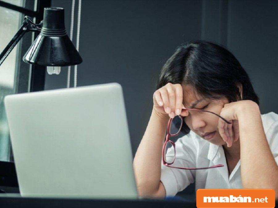 Nếu bạn không hoặ chưa biết cách sắp xếp thời gian làm - học - nghỉ ngơi thì rất dễ ảnh hưởng đến sức khỏe.